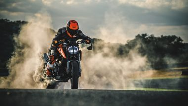 KTM 790 Duke Motorcycle To Be Launched in India on September 23; Expected Price, Features & Specifications
